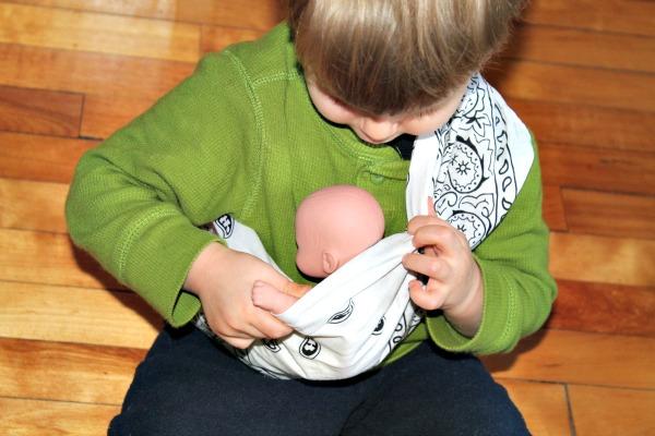 Simon babywearing 2