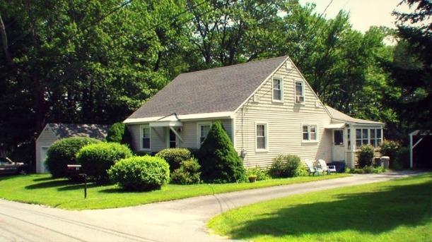 House Listing Photo