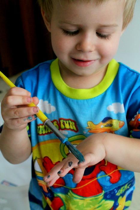 painting nails